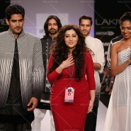 14mar FuglyLFWKochhar01 185x185 Cast of Fugly at Lakme Fashion Week Summer/Resort 2014