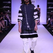 14mar LFWSR ArchanaKochhar02 185x185 The last day of Lakme Fashion Week Summer Resort ends with collections from designers like Neeta Lulla, Archana Kochhar and more...