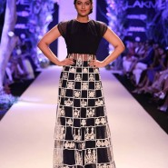 14mar LFWSR BP ManishMalhotra01 185x185 BollySpice Picks: Our Favourites from Day 1 of Lakme Fashion Week Summer/Resort 2014