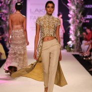 14mar LFWSR BP ManishMalhotra03 185x185 BollySpice Picks: Our Favourites from Day 1 of Lakme Fashion Week Summer/Resort 2014