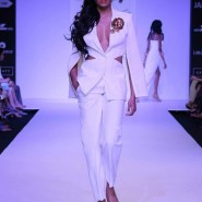 14mar LFWSR BP NikhilThampi02 185x185 BollySpice Picks: Our Favourites from Day 1 of Lakme Fashion Week Summer/Resort 2014