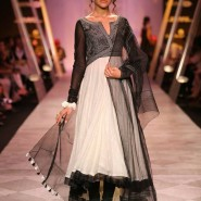 14mar LFWSR BP TarunTahiliani01 185x185 BollySpice Picks: Our Favourites from Day 1 of Lakme Fashion Week Summer/Resort 2014