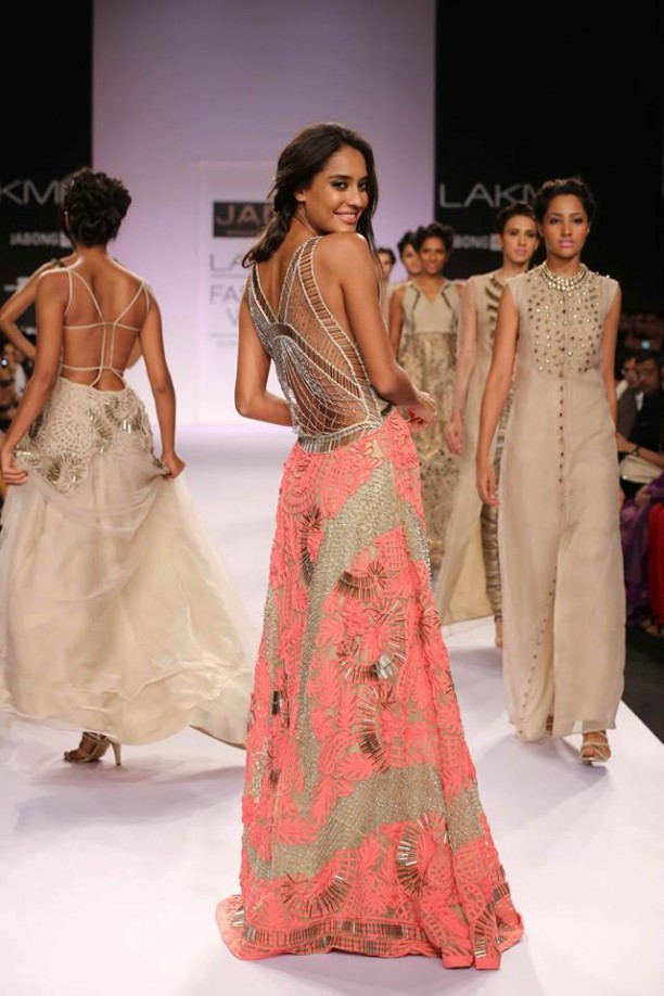 14mar_LFWSR-Bollywood01