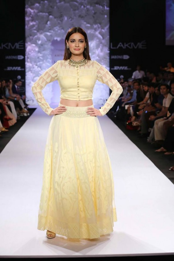 14mar LFWSR Bollywood08 612x918 Bollywood Showstoppers at Lakme Fashion Week Summer Resort 2014