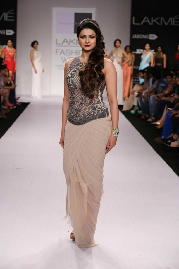 14mar LFWSR Bollywood09 612x918 Bollywood Showstoppers at Lakme Fashion Week Summer Resort 2014