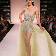 14mar LFWSR D4 KommalSood01 185x185 Lakme Fashion Week SR 2014 Day 4 sees collections from designers like Anushka Khanna, Shantanu & Nikhil and more...