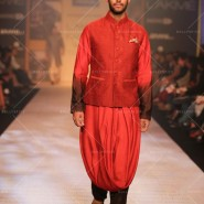 14mar LFWSR D4 ShantanuNikhil02 185x185 Lakme Fashion Week SR 2014 Day 4 sees collections from designers like Anushka Khanna, Shantanu & Nikhil and more...