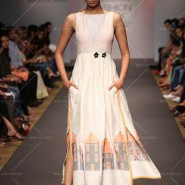 14mar LFWSR Debashi01 185x185 Unconventional and Quirky collections on the Jabong stage at the Lakme Fashion Week SR 2014