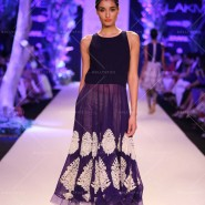 14mar LFWSR MM05 185x185 Manish Malhotra opens with A Summer Affair at Lakme Fashion Week SR 2014