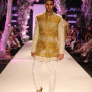 14mar LFWSR MM07 185x185 Manish Malhotra opens with A Summer Affair at Lakme Fashion Week SR 2014