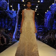 14mar LFWSR MM13 185x185 Manish Malhotra opens with A Summer Affair at Lakme Fashion Week SR 2014