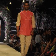 14mar LFWSR MM17 185x185 Manish Malhotra opens with A Summer Affair at Lakme Fashion Week SR 2014