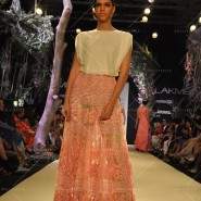 14mar LFWSR MM19 185x185 Manish Malhotra opens with A Summer Affair at Lakme Fashion Week SR 2014