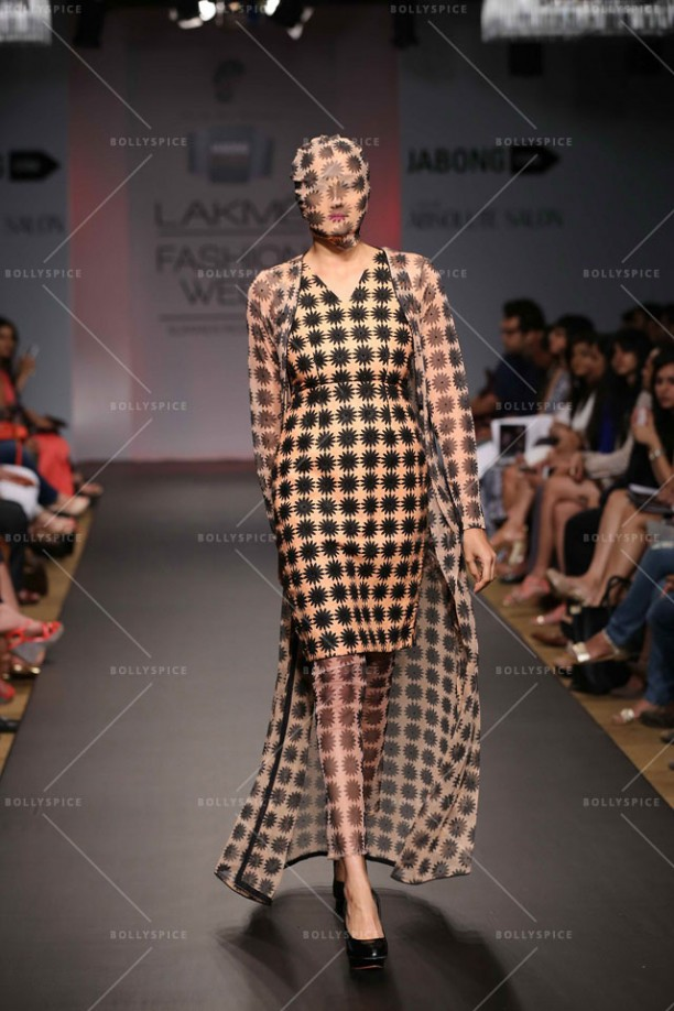 14mar LFWSR2014 D3 Sourabh03 612x918 Sourabh Kant Shrivastava displays an exquisite collection at Lakme Fashion Week SR 2014