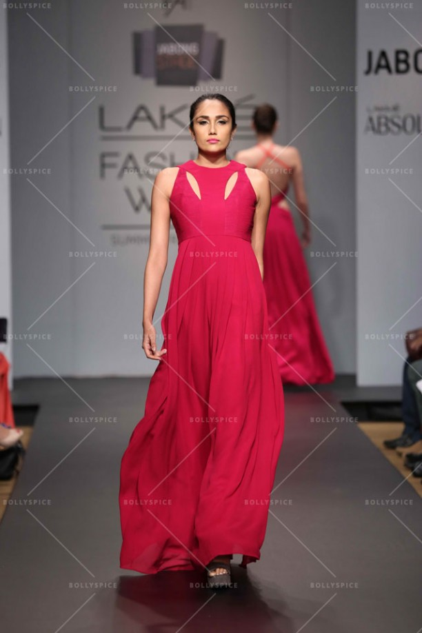14mar LFWSR2014 D3 VedaRaheja02 612x918 Veda Raheja presents his collection at the Jabong stage at Lakme Fashion Week SR 2014