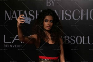 14mar LFWSR2014 NischolMasterclass02 300x200 Natasha Nischol conducts Lakme Absolute Illusion Makeup Masterclass at LFW SR 2014