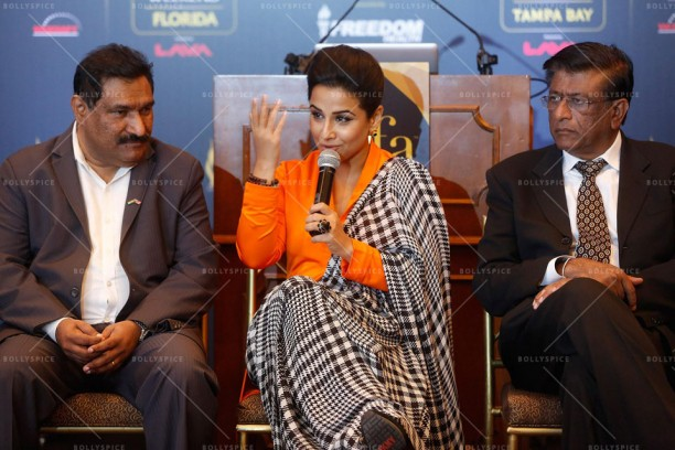 14mar VidyaIIFA NewYork02 612x408 More details on Vidya Balan in the US and IIFA in Tampa!