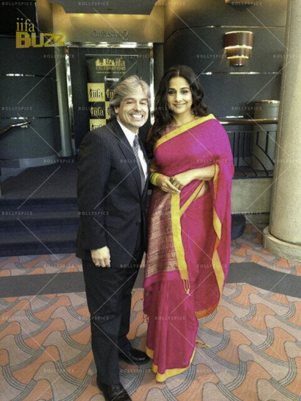 14mar VidyaIIFA TampaPress04 612x816 More details on Vidya Balan in the US and IIFA in Tampa!