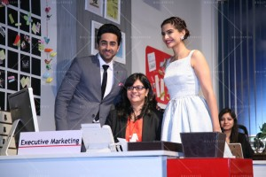 14mar YRFJob Bewakoofiyaan 300x200  Ayushmann Khurrana and Sonam Kapoor choose a lucky winner to work at YRF