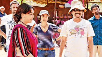 14mar soumikinterview 04 Director Soumik Sen On Madhuri, On Juhi and all that makes Gulaab Gang so special