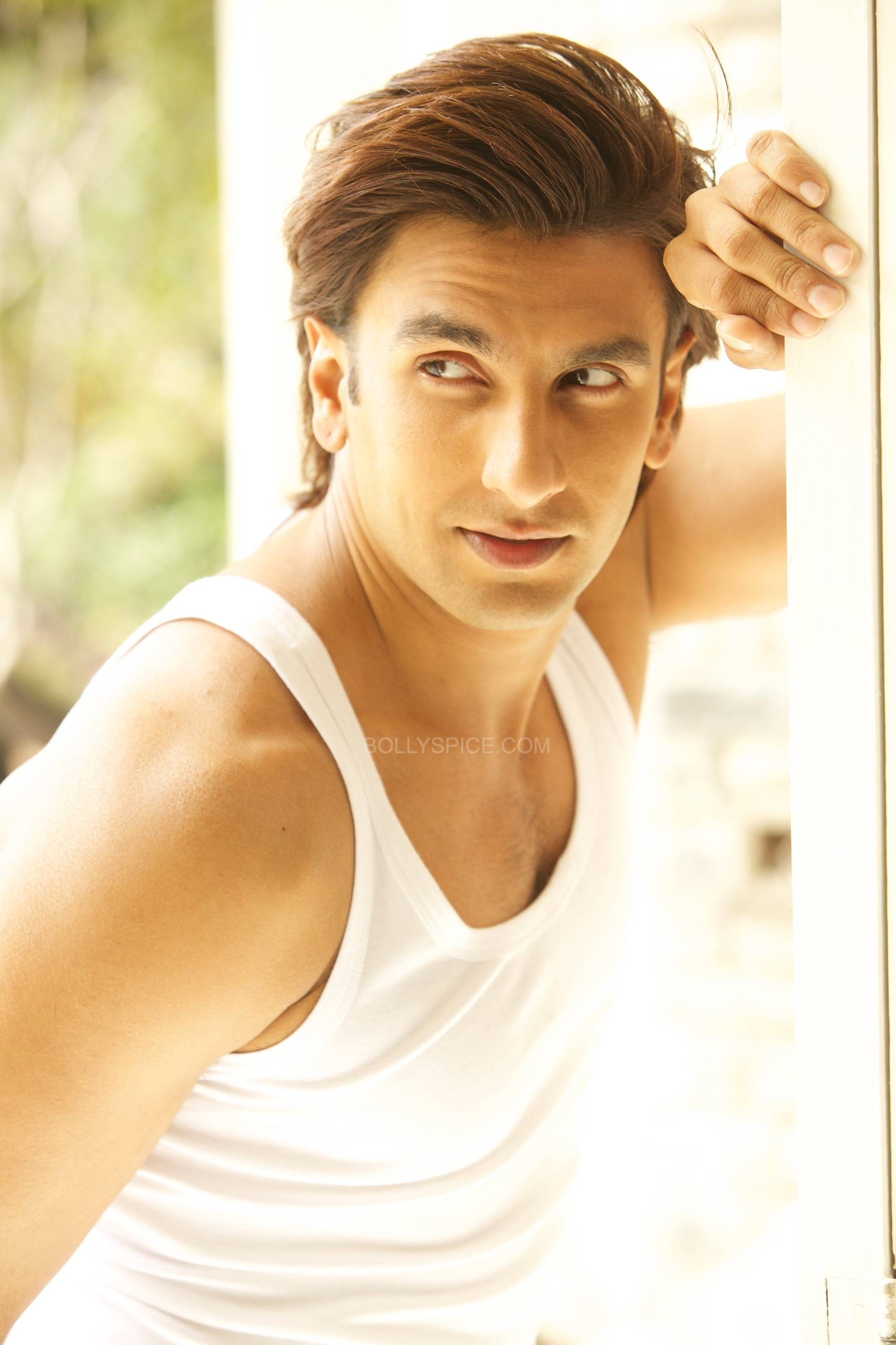 ranveersingh2 Ranveer Singhs new endorsement pushes the envelope!