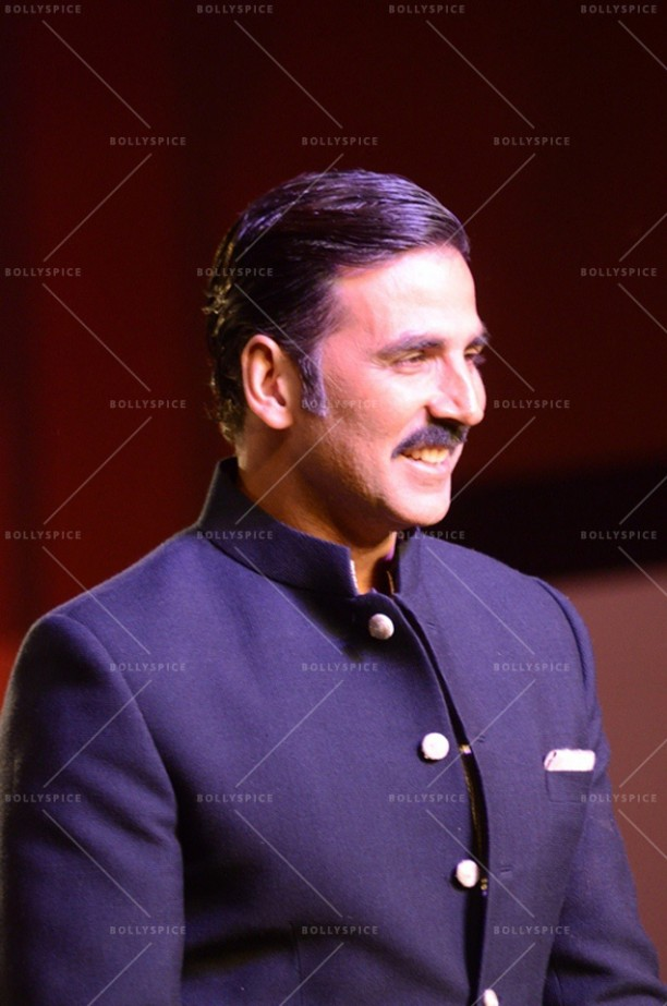 14apr Akshay Mijwan01 612x923 Akshay Kumar supports mission to empower women at fashion show