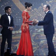 14apr IIFAJohnTravolta12 185x185 IIFA Pictures and Video: Priyanka, Parineeti, Abhay and Kevin Spacey plus more IIFA treats