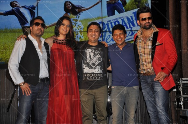 14apr PuraniJeansMusicConcert04 612x406 In Pictures: Purani Jeans Music Launch plus check out Sona Mohapatras Unplugged Version of the romantic DIL AAJ KAL