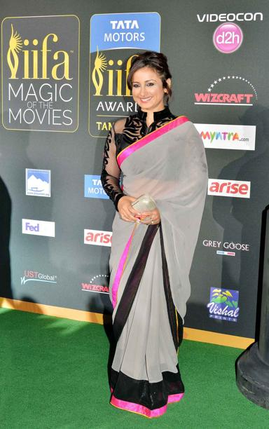 14apr whwnIIFAAward16 Whos Hot Whos Not: IIFA Green Carpet Events
