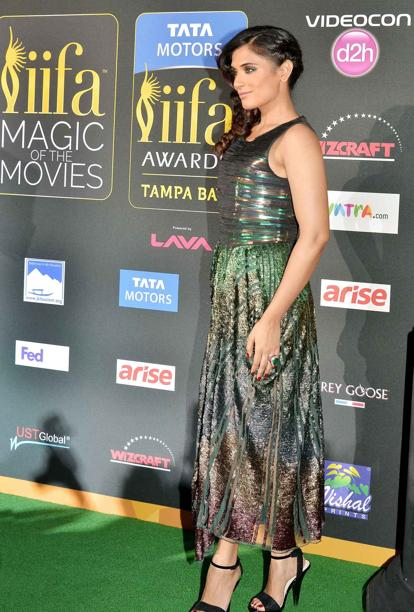 14apr whwnIIFAAward17 Whos Hot Whos Not: IIFA Green Carpet Events