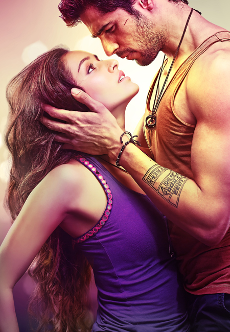 14mar villainfirstlook Sidharth Malhotra & Shraddha Kapoor sizzle in Ek Villain