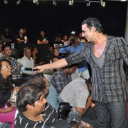 Akshay Kumar interacting with the media