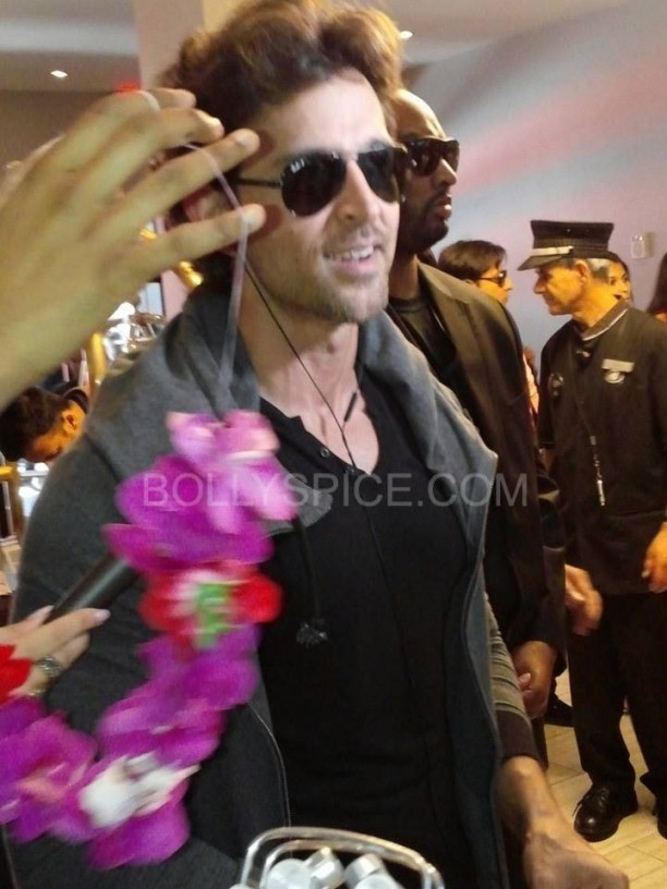 IIFApics71 612x816 In Pictures: Hrithik, Madhuri and Siddharth arrive for IIFA in Tampa   Updated With MORE