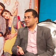 "chetanbhagatinterview1 185x185 ""When I started to write she asked, are you sure you want to write this? Is this even a book?""  – Chetan Bhagat on 2 States"