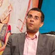 "chetanbhagatinterview7 185x185 ""When I started to write she asked, are you sure you want to write this? Is this even a book?""  – Chetan Bhagat on 2 States"