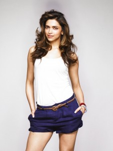 deepika fashion show1 225x300 Deepikas special fashion show treat for fans