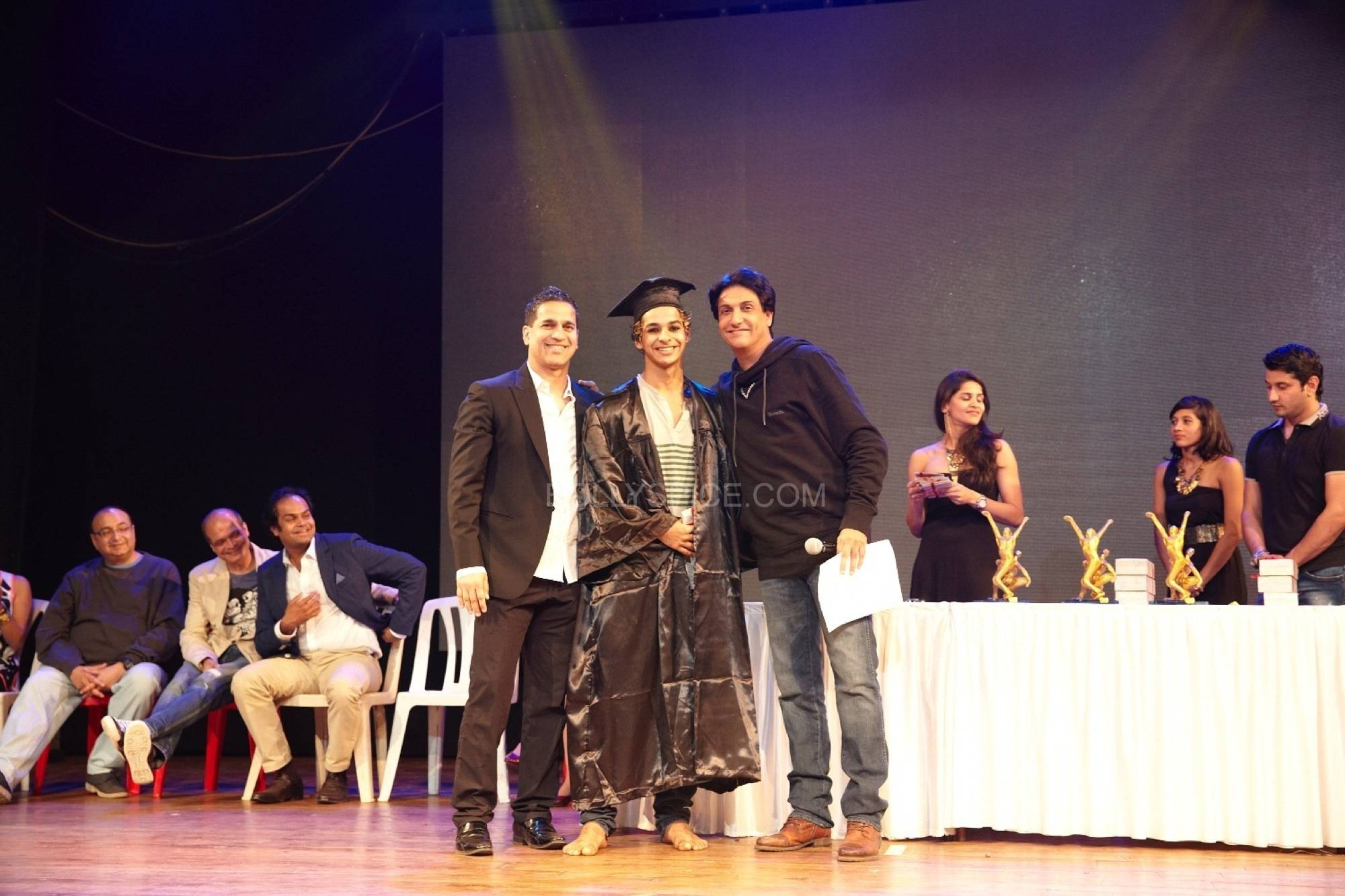 shahidshiamak1 Shahid and Shahids Brother Ishaan Named Shiamaks Most Promising Students