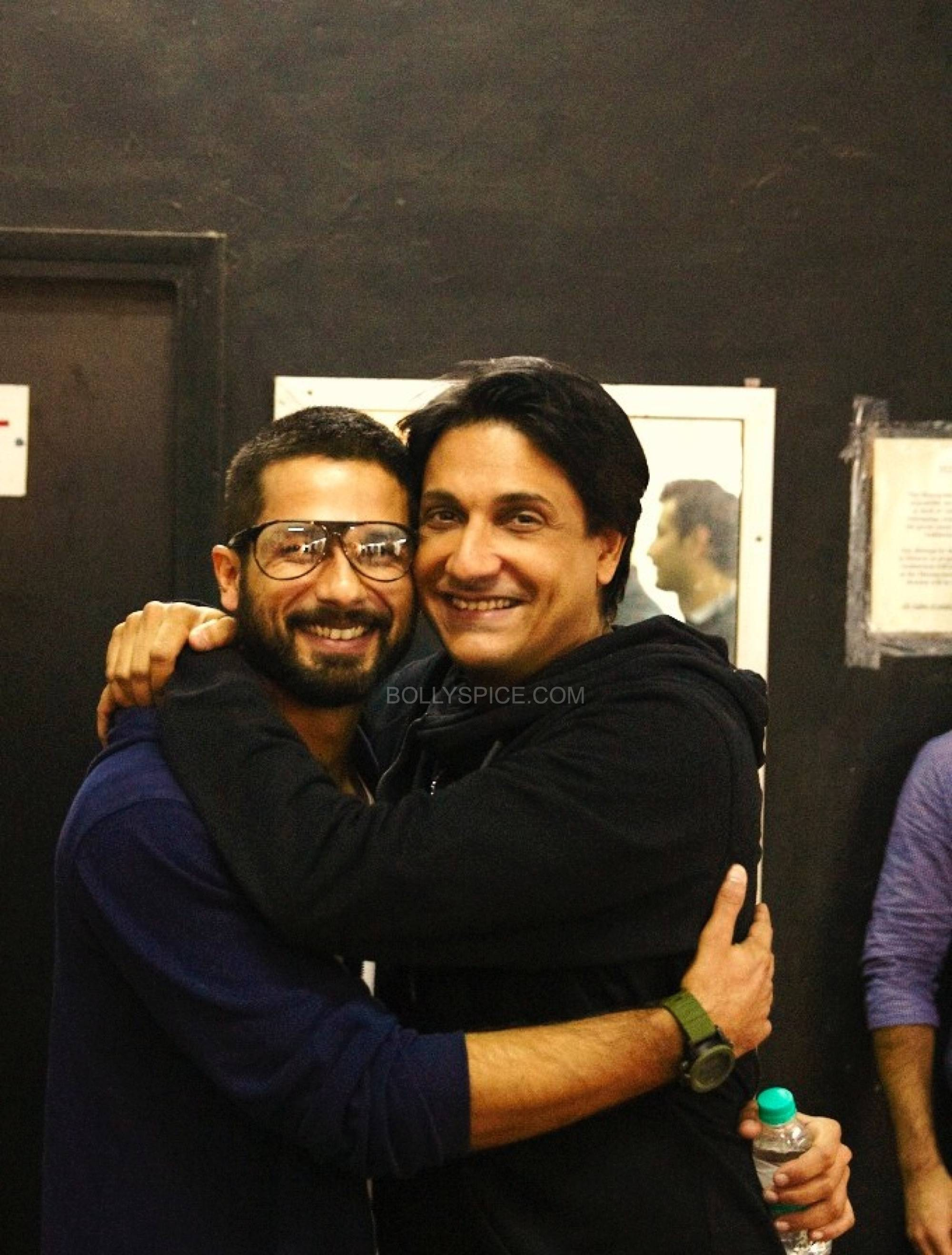 shahidshiamak5 Shahid and Shahids Brother Ishaan Named Shiamaks Most Promising Students