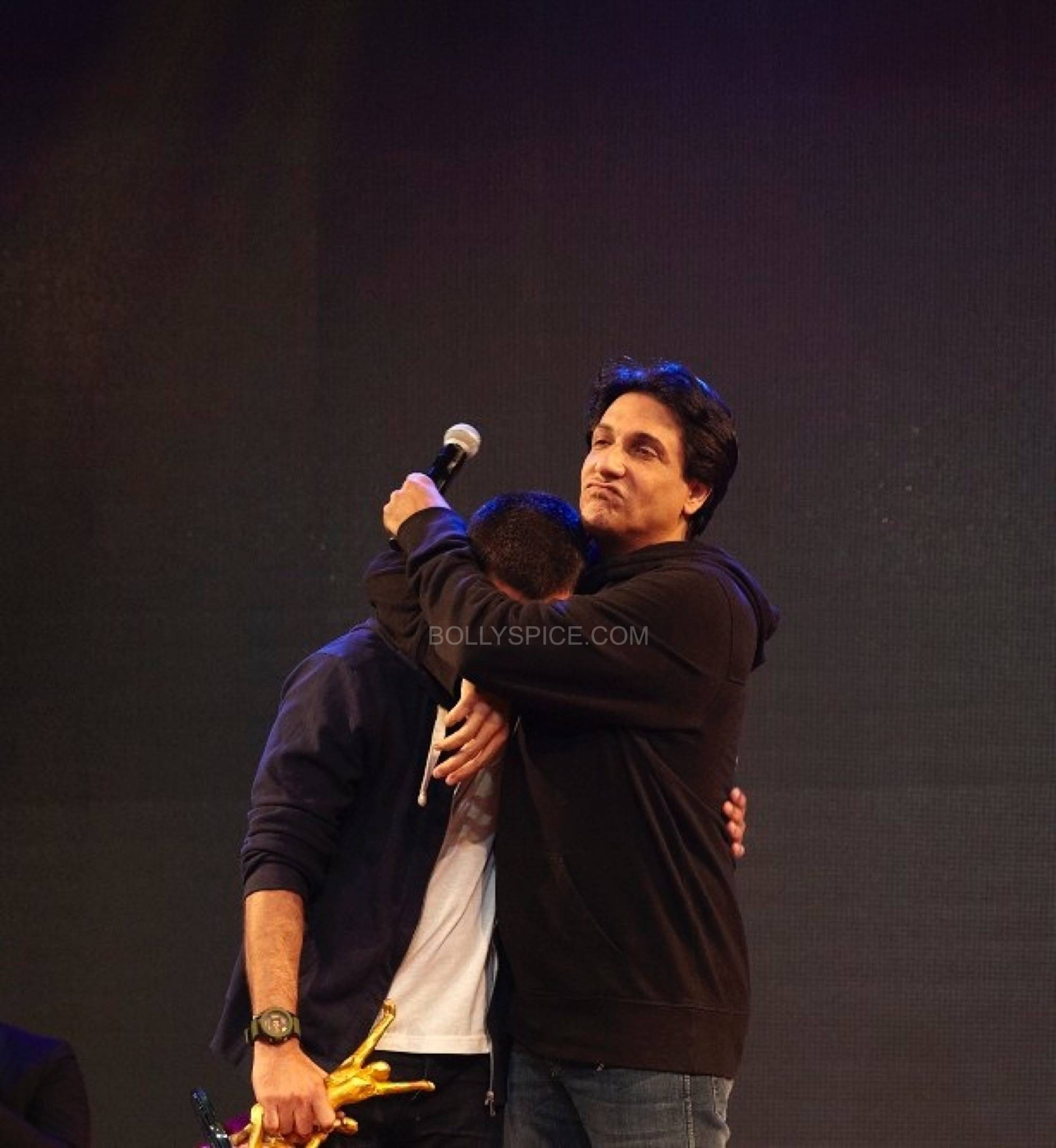 shahidshiamak6 Shahid and Shahids Brother Ishaan Named Shiamaks Most Promising Students