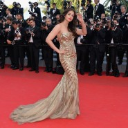 14may AishwaryaCannes10 185x185 Aishwarya Rai Bachchan stunning look at Cannes 2014