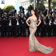 14may AishwaryaCannes14 185x185 Aishwarya Rai Bachchan stunning look at Cannes 2014