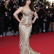 14may AishwaryaCannes22 185x185 Aishwarya Rai Bachchan stunning look at Cannes 2014