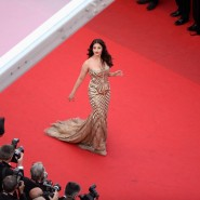 14may AishwaryaCannes46 185x185 Aishwarya Rai Bachchan stunning look at Cannes 2014