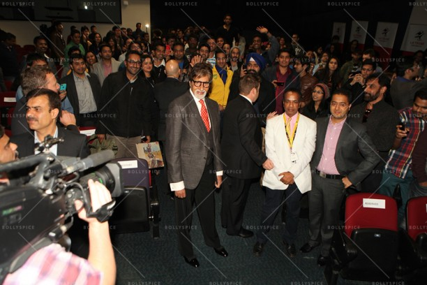 14may_Amitabh-MelbourneFF02