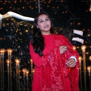 14may DivaniLaunch10 185x185 Rani Mukerji at Launch of the Flagship store for Indias First Cinema inspired fashion brand Divani