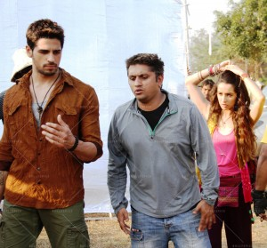 14may EkVillain MohitSuri 300x279 Sidharth Malhotra on Mohit Suris temper