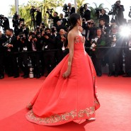 14may FreidaPintoCannes19 185x185 Cannes Update: Freida Pintos red carpet looks