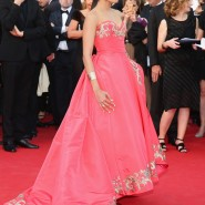 14may FreidaPintoCannes21 185x185 Cannes Update: Freida Pintos red carpet looks
