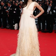 14may FreidaPintoCannes25 185x185 Cannes Update: Freida Pintos red carpet looks