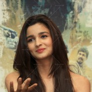 14may HighwayDVDlaunch48 185x185 Imtiaz Ali, Alia Bhatt & Randeep Hooda at the HIGHWAY DVD launch